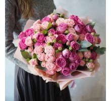 25 peony roses